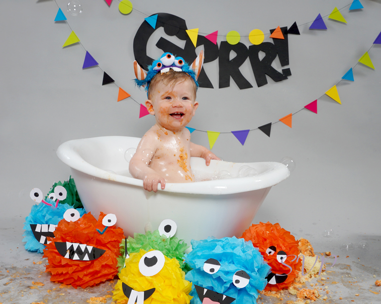 Cake Smash, Monster themed cake smash, cake smashing, Ollie's 1st Birthday