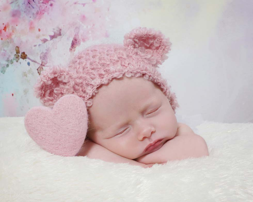Elizabeth's Newborn Baby Photo Session at 27 Days