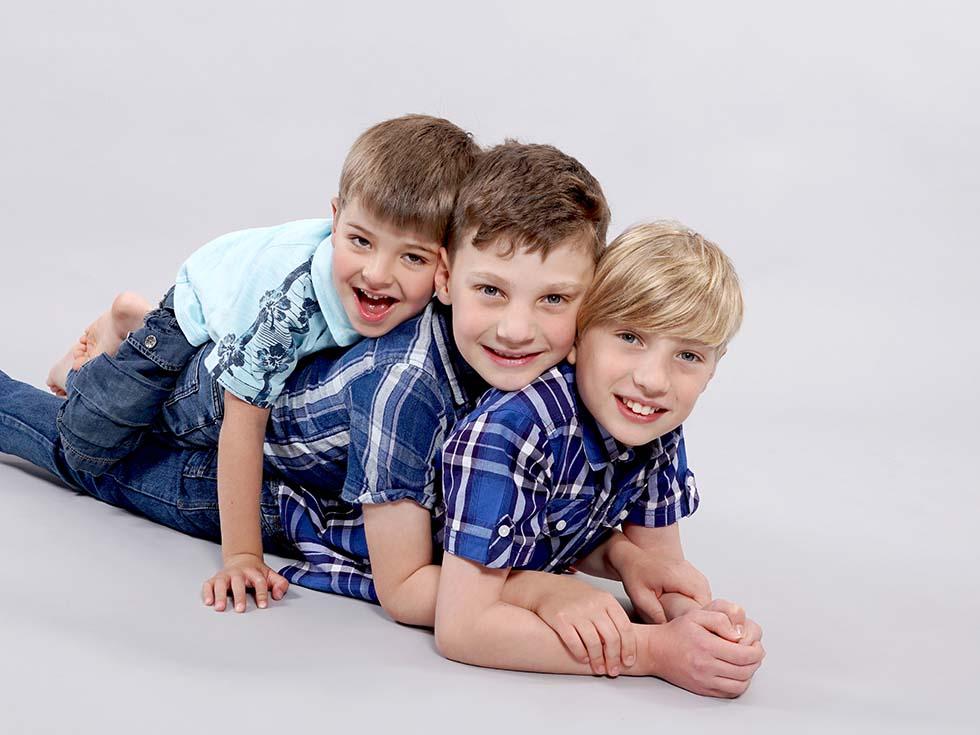 Family photos, family photoshoot, family photographer