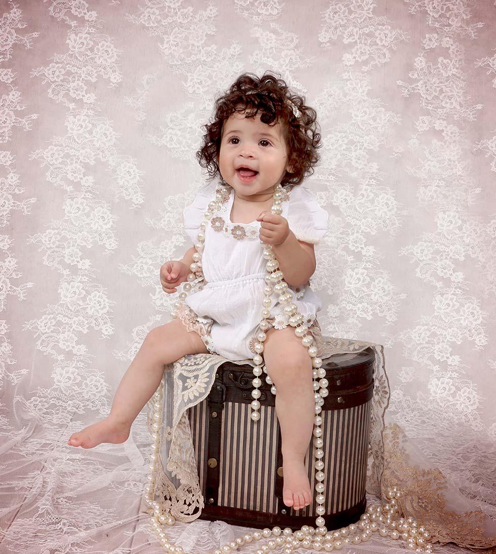 baby photo shoot, baby girl photos, baby photos, baby Photoshoot baby photographer, Vintage Baby Photo Shoot